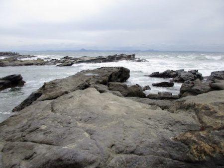 剱崎突端の岩場
