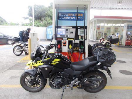 東伊豆で最初の給油。燃費はリッター30・1キロ