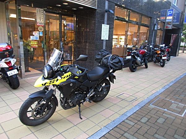 「東横イン」(浜松駅北口)を出発
