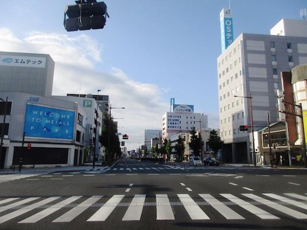 早朝の浜松の中心街
