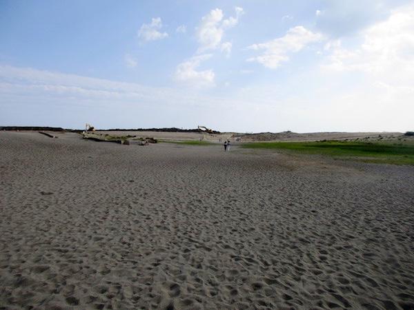 中田島砂丘を歩く