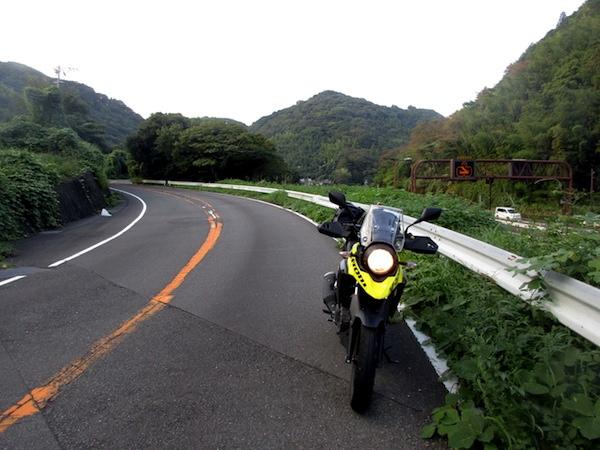 国道1号の旧道で宇津谷峠を越える