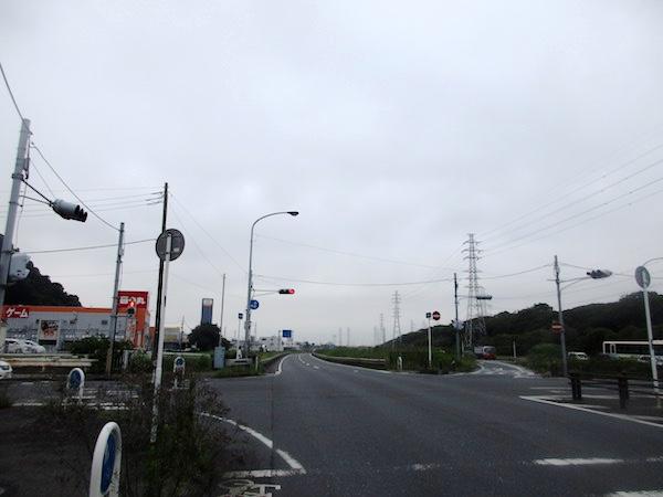 国道16号を行く