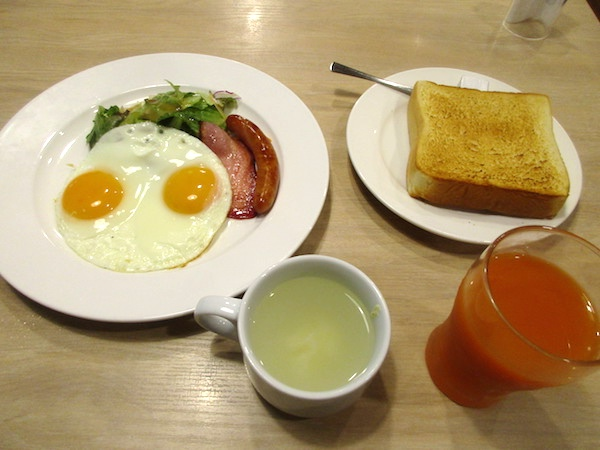 勝浦の「ガスト」の朝食