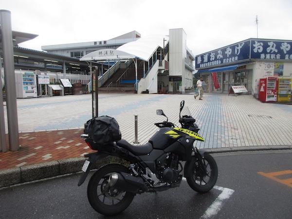 勝浦に戻ってきた。ここはJR外房線の勝浦駅前