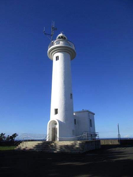 鮫角灯台。角には岬の意味もある