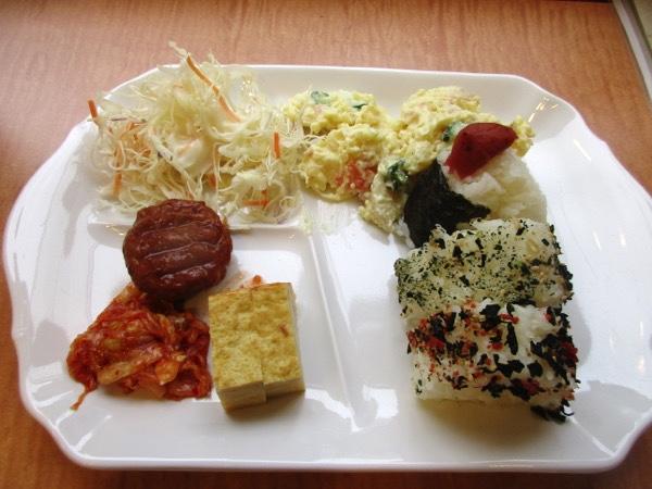 「東横イン」の朝食