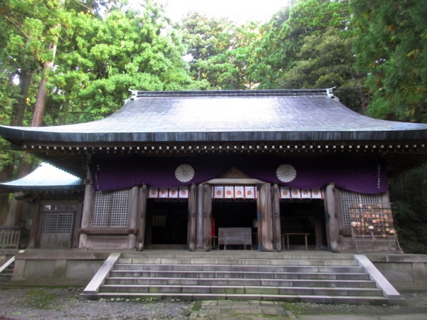 渡津神社の拝殿