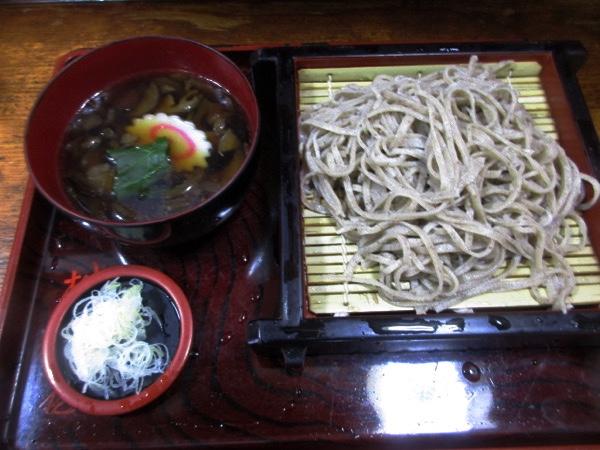 「桝田屋」の「チタケそば」を食べる