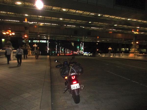日本橋に到着。青森から2594キロだ