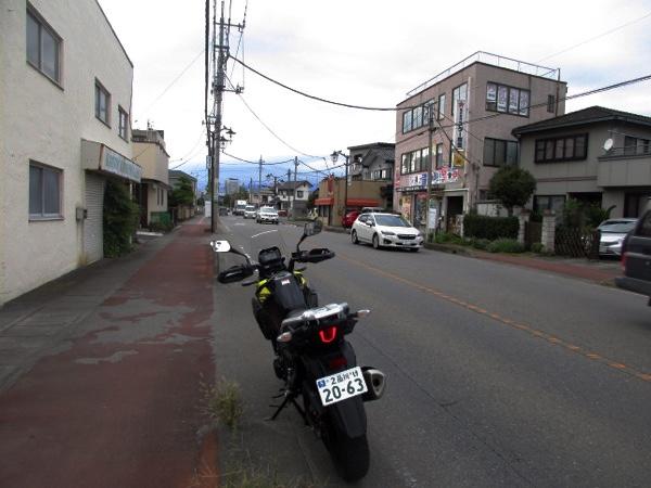 中山道の高崎宿に入っていく