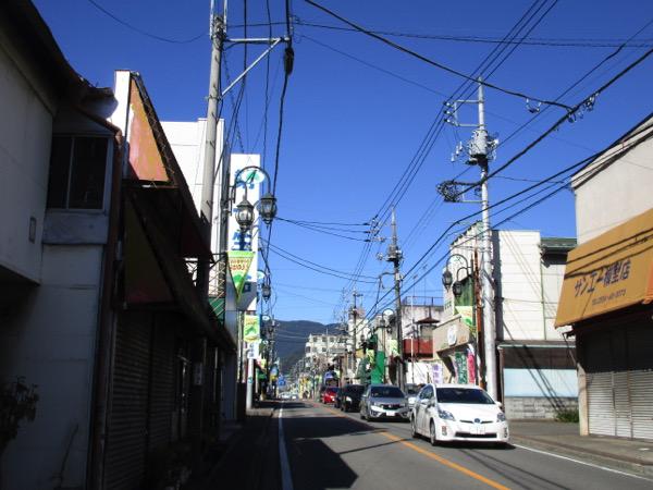 甲州街道の上野原宿に到着。ここから鳥沢宿までは旧甲州街道を行く