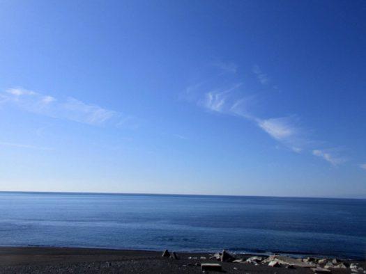太平洋(熊野灘)を見ながら走る