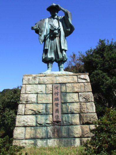 南伊勢町の河村瑞賢の銅像。河村瑞賢は江戸時代、日本海航路を開いた
